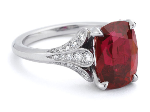 19-colored-engagement-rings-ruby