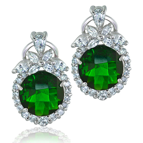 Emerald-Earrings-Are-Perfect-For-Both-Modern-And-Traditional-Clothing