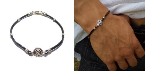 тонкий серебряный мужской браслет